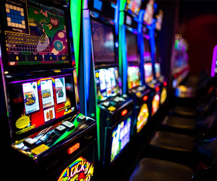 Скачать игровые автоматы на телефо java вывод денег с гранд казино